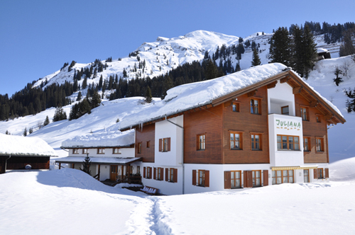 Contact Hotel Pension Juliana in Lech